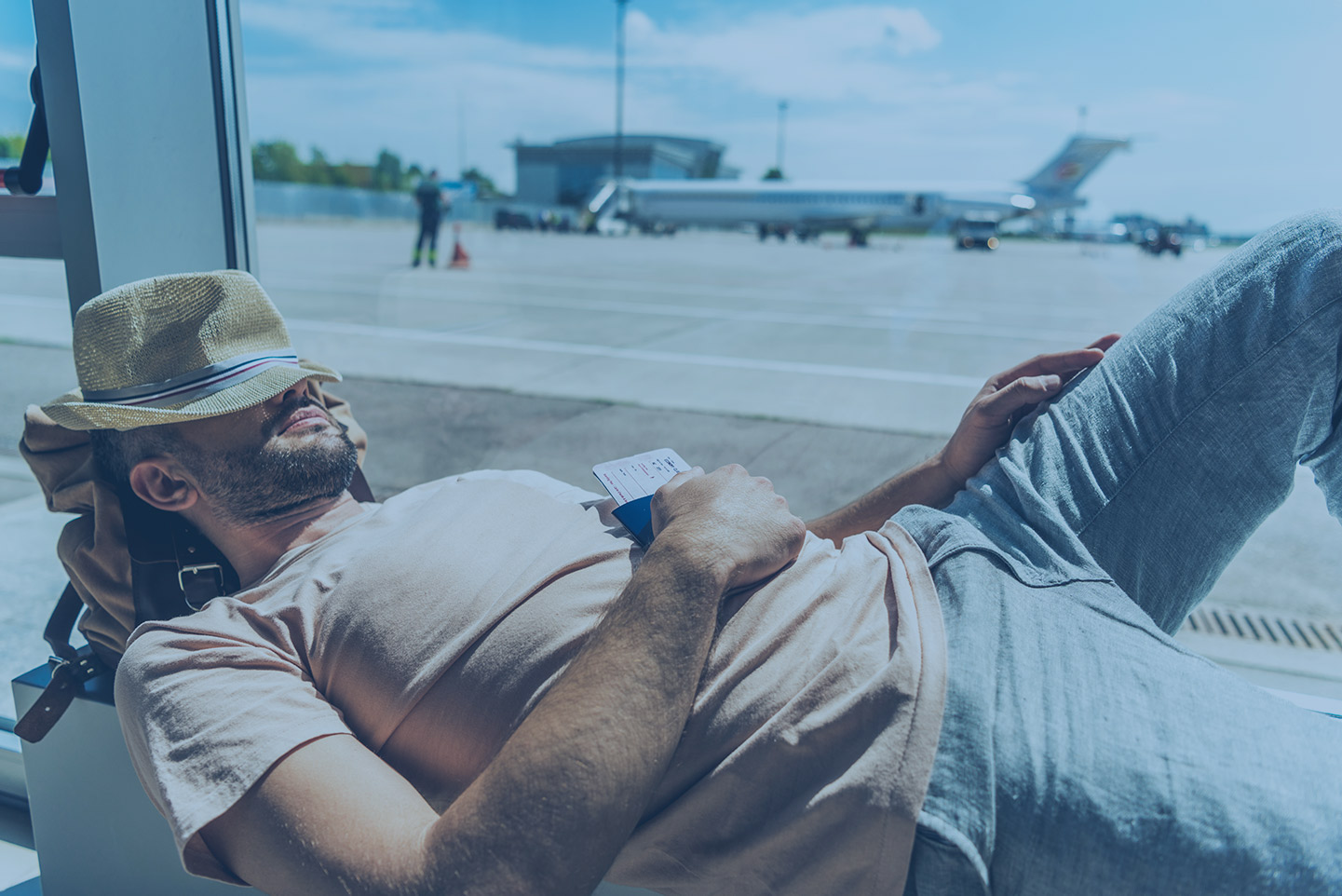 Traveling for a Holiday? Tips to Alleviate Your Jet Lag